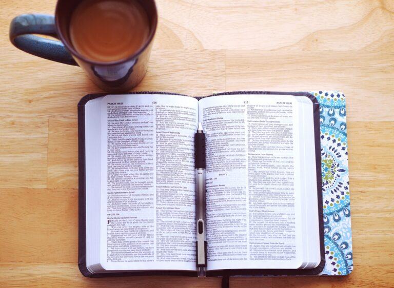 book, bible, religion-2617987.jpg